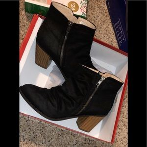 Diba Shoes - Diba London booties